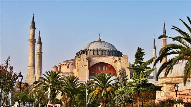 Ayasofya İbadethanesi'nin Tarihi, İnşası ve Yapılış Bedeli (27 Aralık 537)